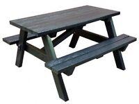 Garden picnic bench - REDUCED