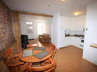 **FULLY FURNISHED AFFORDABLE APARTMENTS DOWNTOWN QUEBEC**
