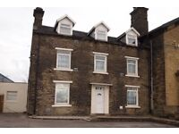Studio apartment available immediately in Tong St, Bradford
