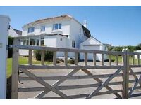 Stunning 5 Bedroom House With Large Garden In Polzeath. Walkable to Daymer Bay and Polzeath Beaches