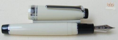 Sailor Professional Gear Ivory Colour With Rhodium Trim Fountain Pen Magnificent