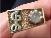 DOES ANYONE RECOGNISE THIS RING??? FOUND / LOST / STOLEN