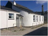 SALTASH. A BEAUTIFUL 2 BEDROOM RIVERSIDE BUNGALOW TO RENT. UNFURNISHED.