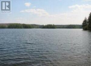 Large waterfront land vacant land to build your privat retreat