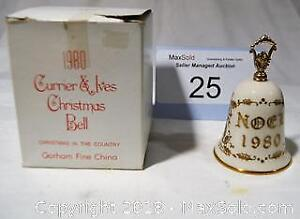 CURRIER & IVES 1980 Christmas BELL. GORHAM Fine China.