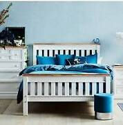 Queen Bed - Reclaimed Timber in as new condition Skye Frankston Area Preview
