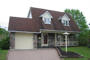 FOR AUGUST - BEAUTIFUL HOUSE IN AYLMER