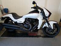 Used Suzuki Intruder VZR 1800 - NEARLY NEW with less than 200 miles