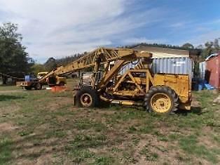 tractor crane is complete International Fowler & petrol.