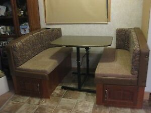 Table, bench seats