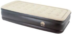 Double air mattress / bed with electric pump