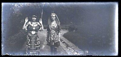 Deux Weiblich in Kostüm Theater Ägypten Platte Negative