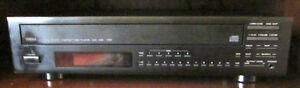 YAMAHA STEREO SYSTEM- RECEIVER CASSETTE DECKCD PLAYER TURN TABLE Windsor Region Ontario image 3