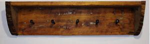 tablette, porte manteau en bois de grange