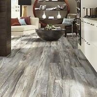 Professional Flooring Installor