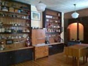 Bookcases, Shelving, Display Units