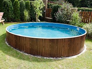 Swimming Pools & Hot Tubs