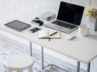 tische f r ihre wohnung g nstig online bestellen ebay. Black Bedroom Furniture Sets. Home Design Ideas