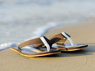Flip Flops & Beach Shoes