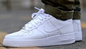 2 PAIRS OF NEW NIKE AIR FORCE 1 FOR THE PRICE OF 1!!