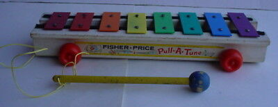 Vintage 1969-77 Fisher Price Little People 870 PULL-A-TUNE XYLOPHONE original