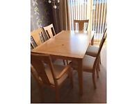 Extending Dining Room Table with 6 Chairs & Sideboard