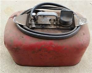 WANTED TO BUY OMC DUAL LINE GAS TANKS