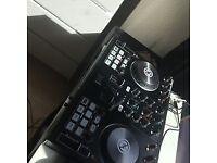 Traktor s2 mkII DJ Controller USB Like New