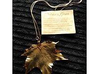 Large maple leaf pendant, 24ct gold.