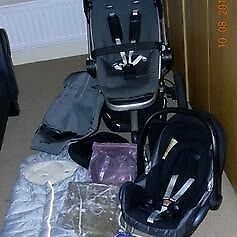 Quinny buzz pushchair and accesories