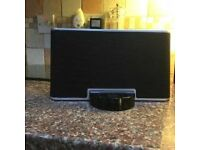 Iphone and Ipod docking station Compatible with Iphones and ipods. Up tp 4s. Also works with aux