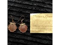 Small (real shell) earrings laced in 24ct gold.