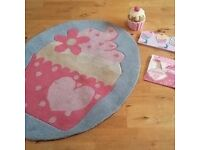 Beautiful Girls Bedroom Cupcake Accessories.
