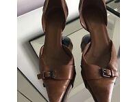Genuine Gucci Brown Leather Kitten Heels