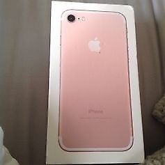 iPhone 7 in rose gold like new, unlocked to all networks