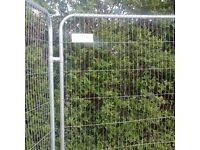 SET OF HERAS FENCE PANEL, FOOT/BOOT AND 2 CLIPS