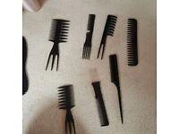 Set of combs