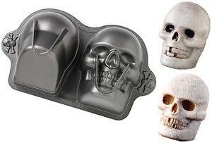 D Skull Cake Tin