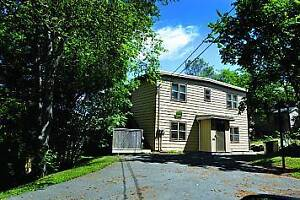 DARTMOUTH STUDENTS! ROOMS FOR RENT ALL UTILITIES INCL!