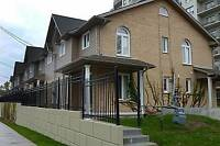 Beautiful 3 bedroom Townhouse *ASK ABOUT MOVE IN SPECIAL*