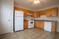 3BR TOWNHOUSE CLOSE TO SCHOOLS/SHOPPING $995 NOV.