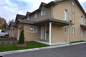 3 bedroom Townhouse *ASK ABOUT MOVE IN SPECIAL* London Ontario image 1