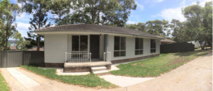 CHEAP room for rent. Bolton Point, Newcastle  Bolton Point Lake Macquarie Area Preview