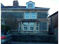 Student property. Five bedroom house to rent in Bishopston