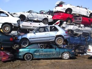 FREE PICK UP - LOOKING FOR SCRAP CARS, TRUCKS, FARM MACHINERY