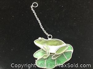 Stain Glass Frog On A Lilly Pad