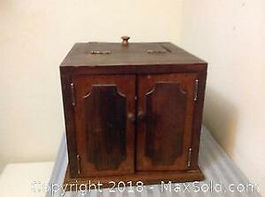 Wooden Vintage 2 Access Door Box