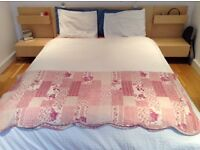 Vibrantly Mixed Floral Coloured bed quilt