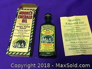 Antique Moones Emerald Oil
