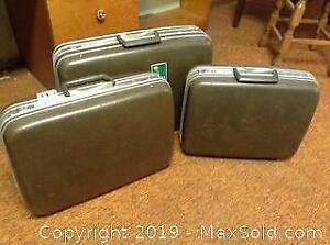 Vintage Luggage Lot